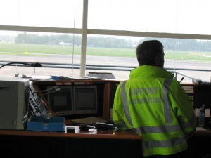 Lucht, weg water_Airport Authorities